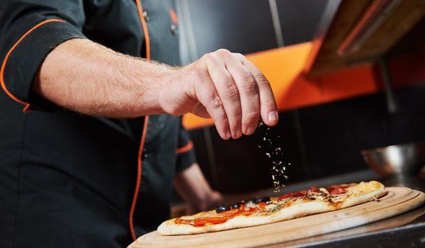 Al's Italian Restaurant & Pizzeria   8PM
